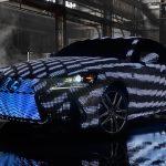 Lexus превратился в рекламный билборд