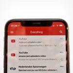 Gmail работает правильно на iPhone X поддерживая аккаунты от третьих сторон