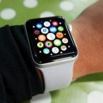 Покупателям доступны новые умные часы Apple Watch Series 3 за $279