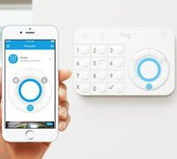 Alexa может включать домашнюю систему безопасности включая Amazon Ring Alarm