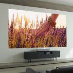 Второе поколение лазерных проекторов 4K от LG работают на расстоянии два дюйма от стены