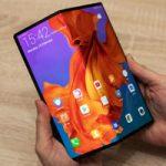 Huawei отложил выпуск нового Mate X